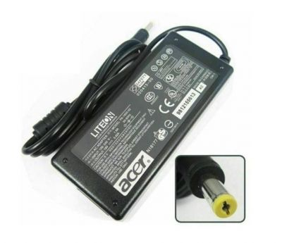Uniq Trade 65W 19V 3.42A Pin size 5.5mm x 1.7mm compatible Acer laptop charger